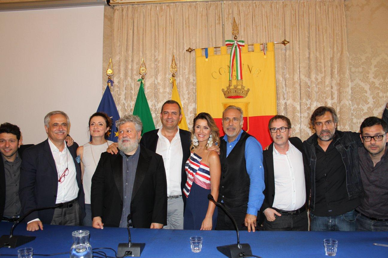 Napoli ricorda Massimo Troisi, tre giorni di eventi a piazza del Plebiscito