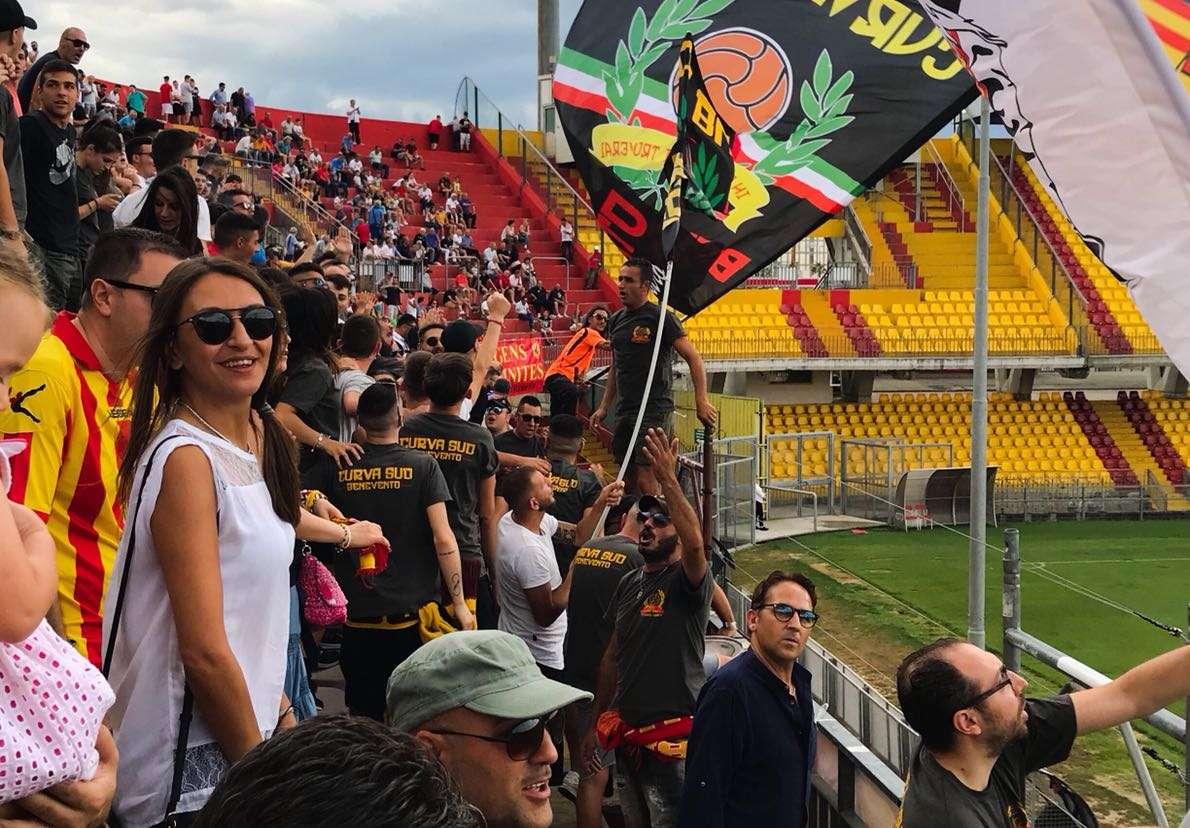 Venerdì si gioca Benevento-Cosenza: domani scatta la prevendita