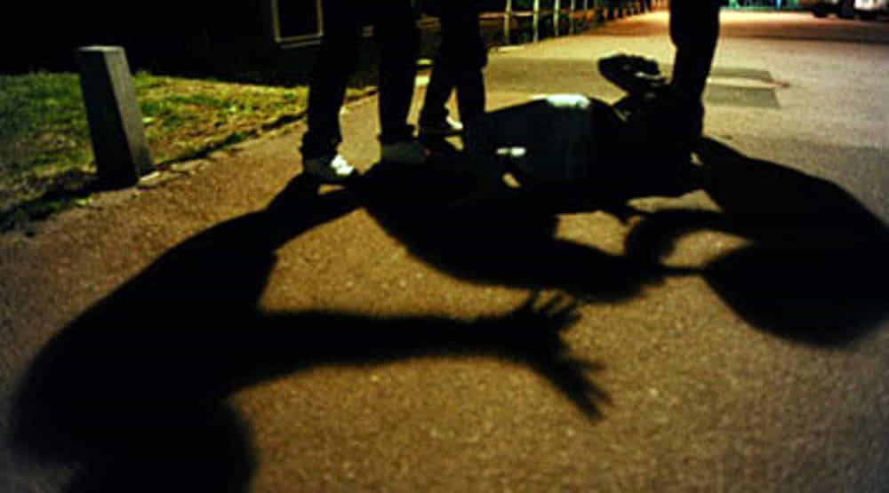 Rissa in strada a Maddaloni, quattro ragazzi finiscono ai domiciliari