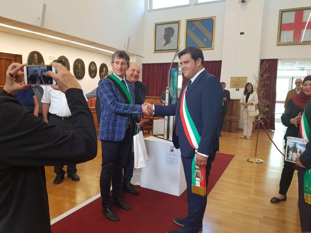 Il gemellaggio con l'Aquila compie dieci anni: amministrazione in terra d'Abruzzo