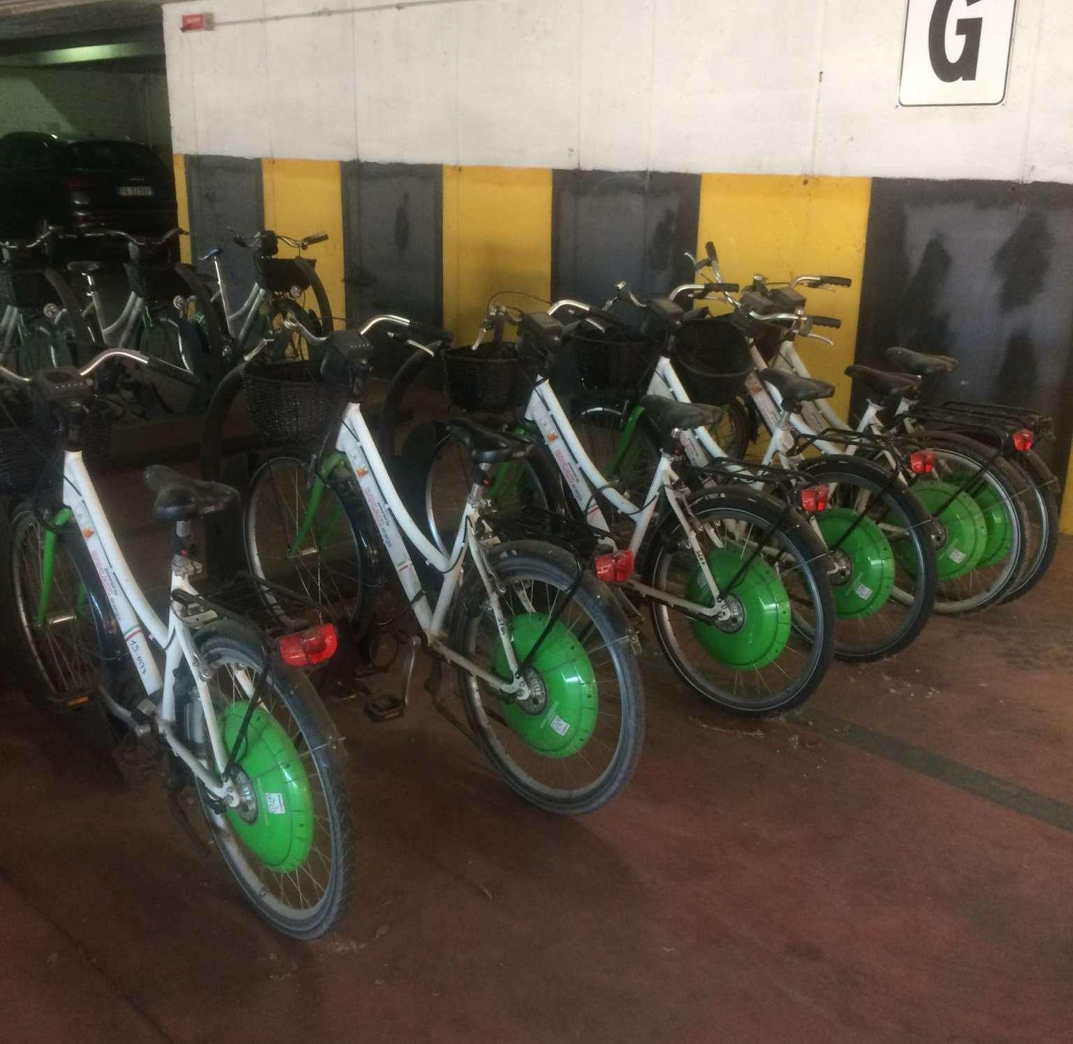 """Progetto """"E-Bike 0"""", botta e risposta tra Picone e l'assessora Delcogliano"""