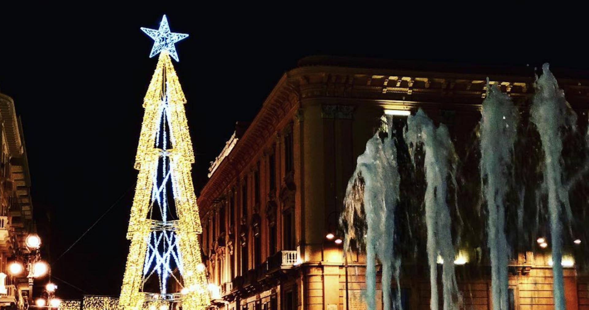 La maledizione del Grinch colpisce Avellino: esclusa la ditta per il Natale