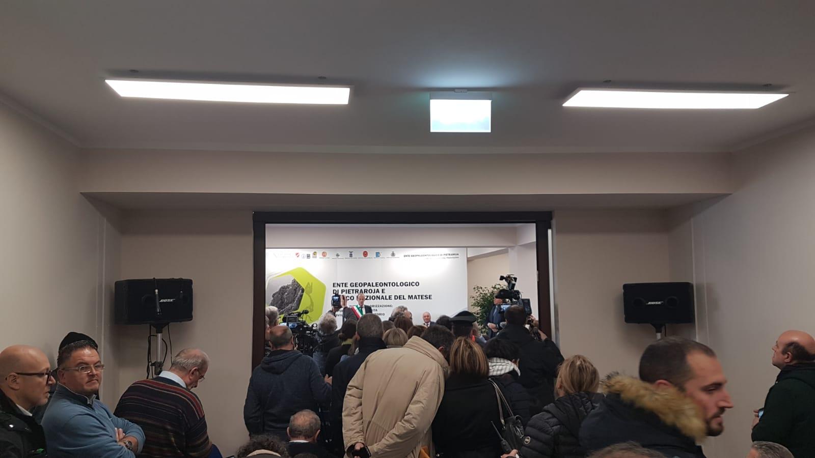 """Il ministro Costa a Pietraroja: """"Qui perchè convocati da Ciro"""""""