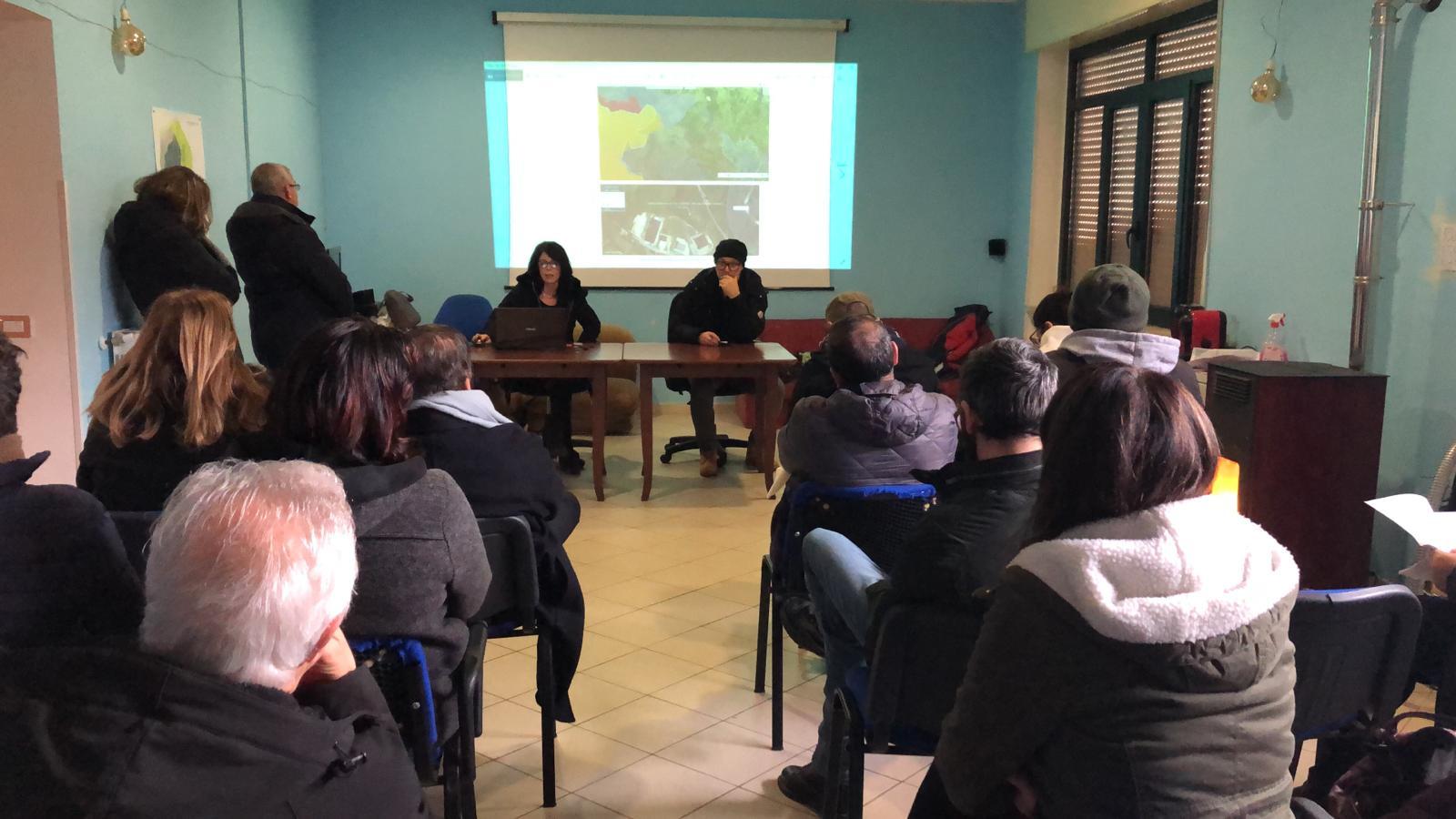 """Impianto rifiuti Sassinoro, il Comitato: """"La falda è attiva, l'acqua ha invaso il capannone"""""""