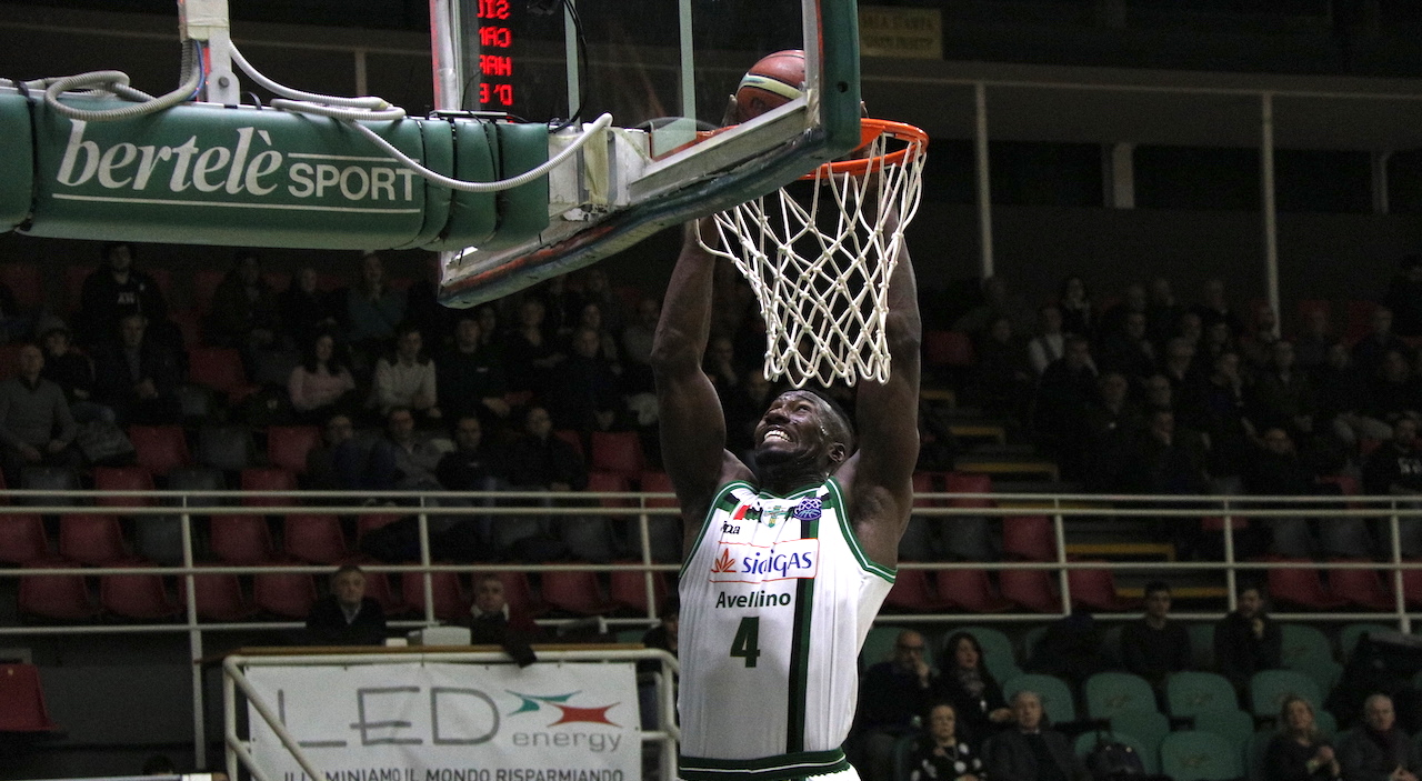 Scandone, ecatombe infortuni: si ferma anche Patric Young
