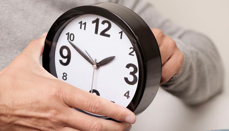 Rinviata al 2021 l'abolizione dell'ora legale: lancette in avanti il 31 marzo