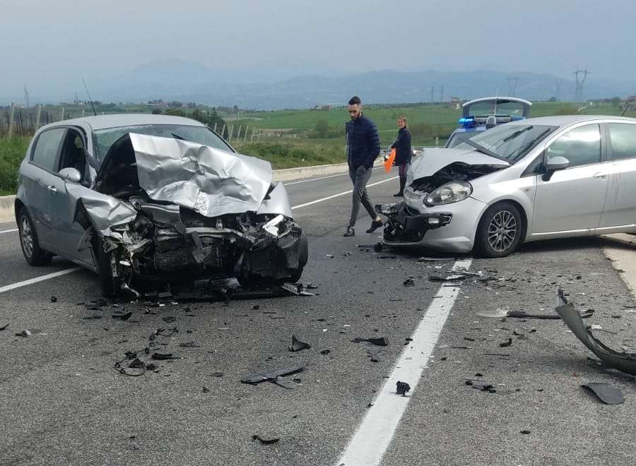 Incidente sulla Fortorina, una 53enne ricoverata in prognosi riservata