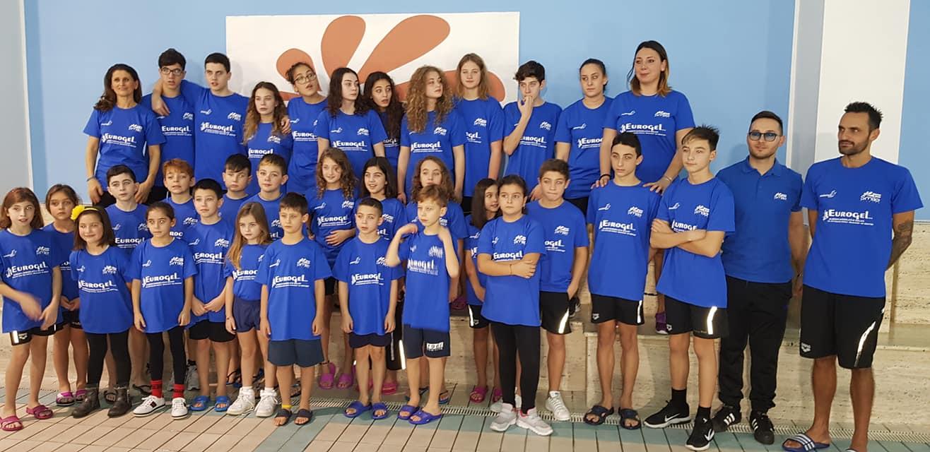Nuota Con Noi Ieri Festa Di Sport Alla Piscina Smile