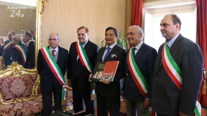 """Commercio e turismo: l'ambasciatore di Taiwan in città per """"Sannio Falanghina"""""""