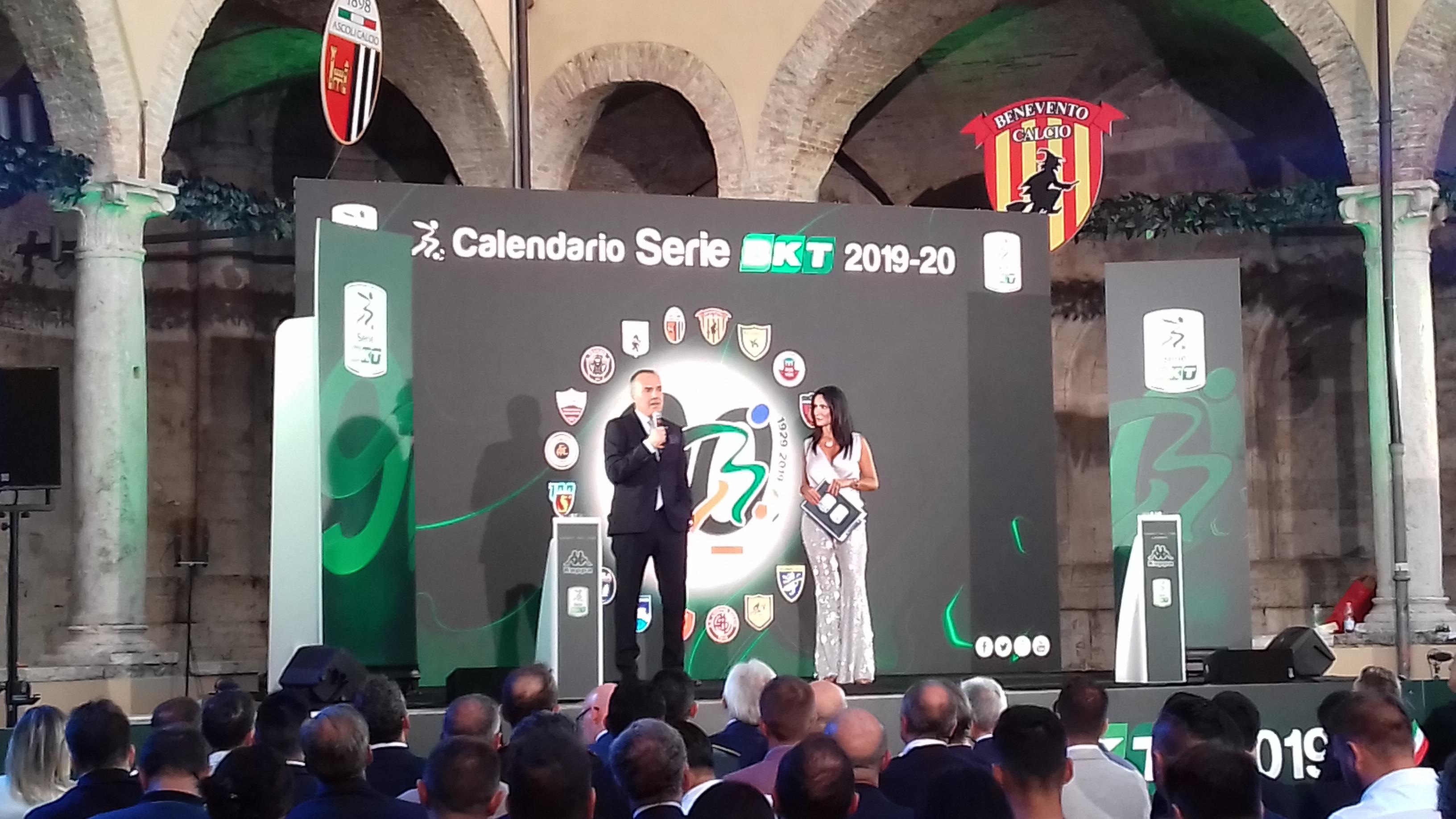 Calendario Benevento Calcio.Benevento C E Gia Un Mese Chiave Virtu E Insidie Del
