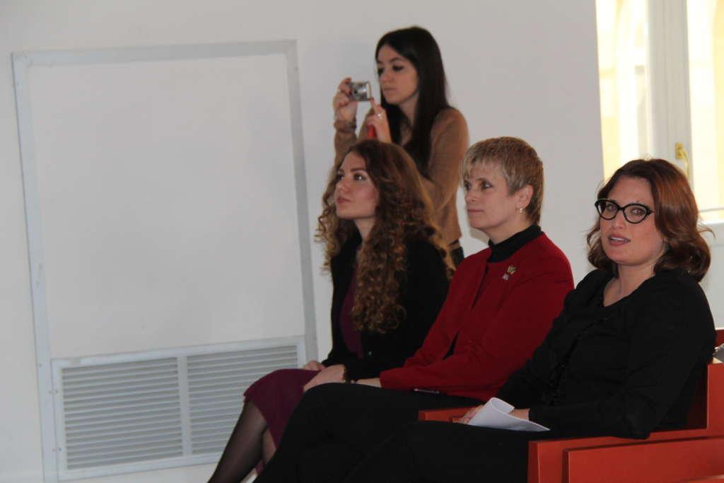 Palazzo Paolo V, focus sul ruolo della donna nei vari settor
