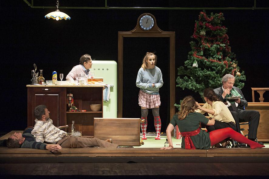 Al Teatro Nuovo Napoli, va in scena 'Le regole per vivere' d
