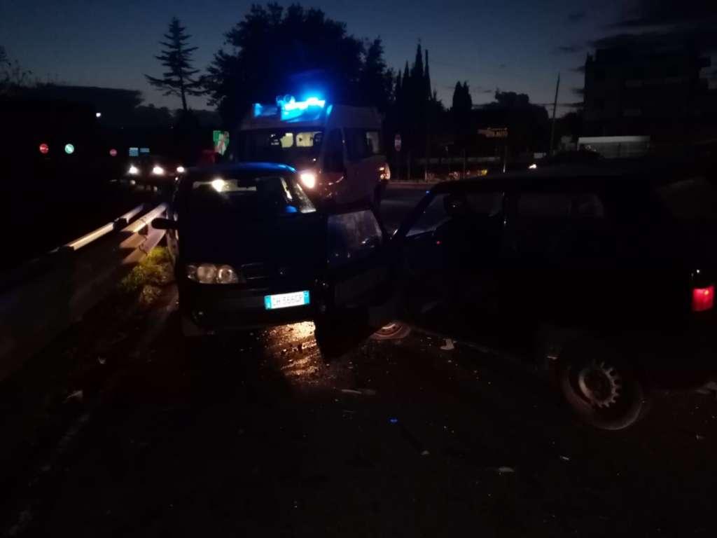Incidente alle porte di Benevento, quattro auto coinvolte e