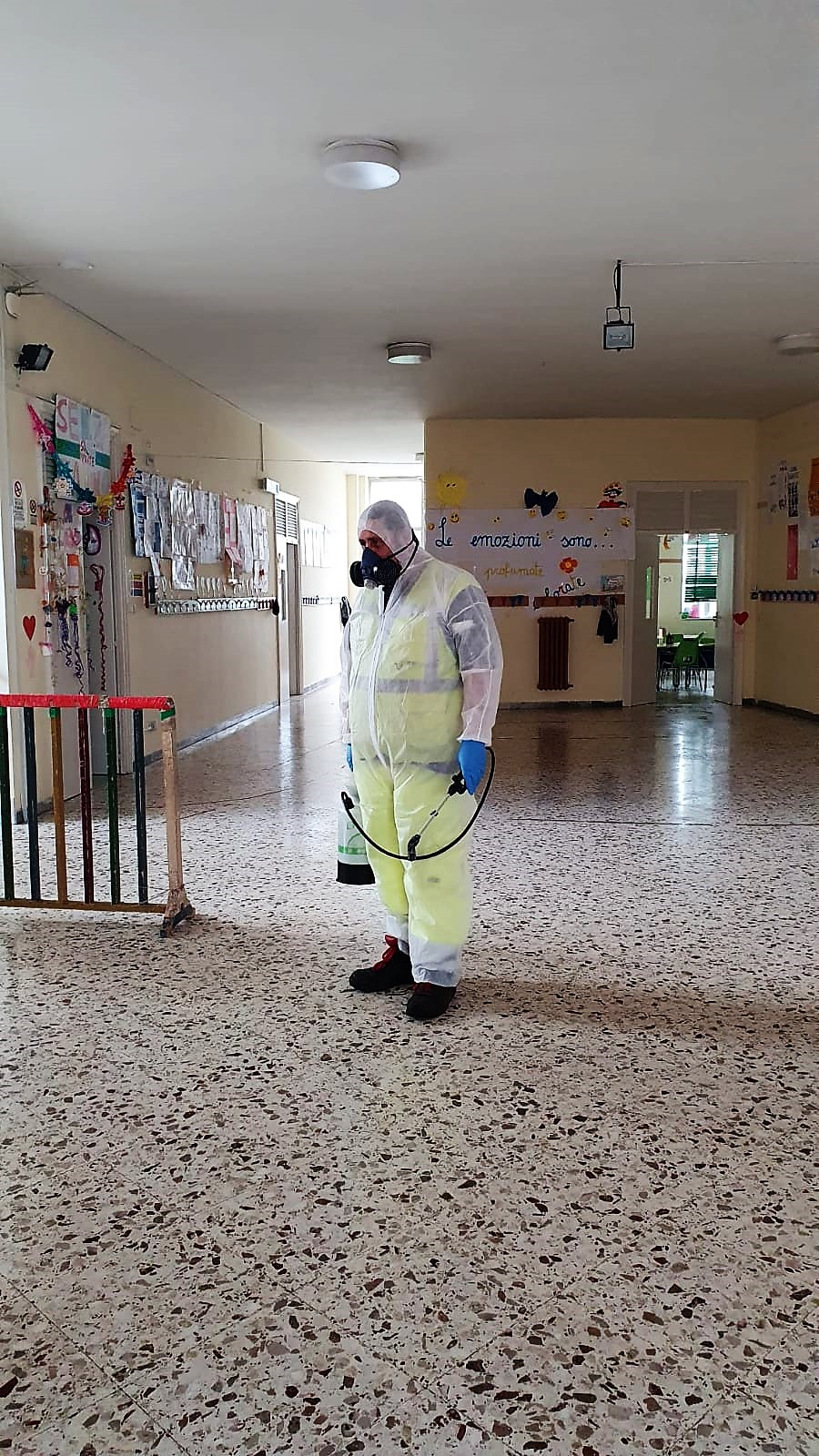 Virus – Dalle materne alle medie: sanificate 56 scuole saler