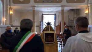 Monte San Giacomo: celebrazione con fedeli e sindaco, è pole