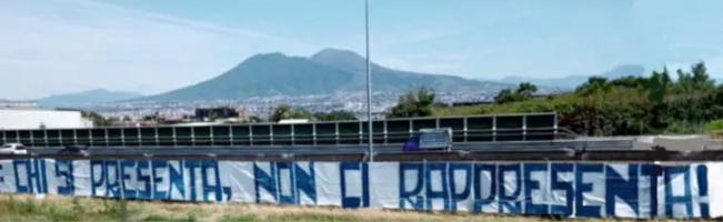 """Napoli, gli ultras contro la ripresa della Serie A: """"Chi si"""