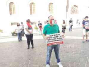 Legge Zan sull'omofobia: manifestazioni a confronto a Palazz