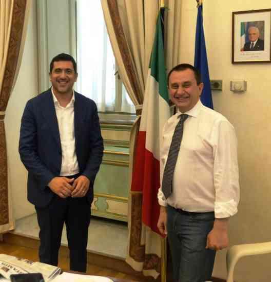 Regionali, Guarino scatenato: raduna 50 amministratori local