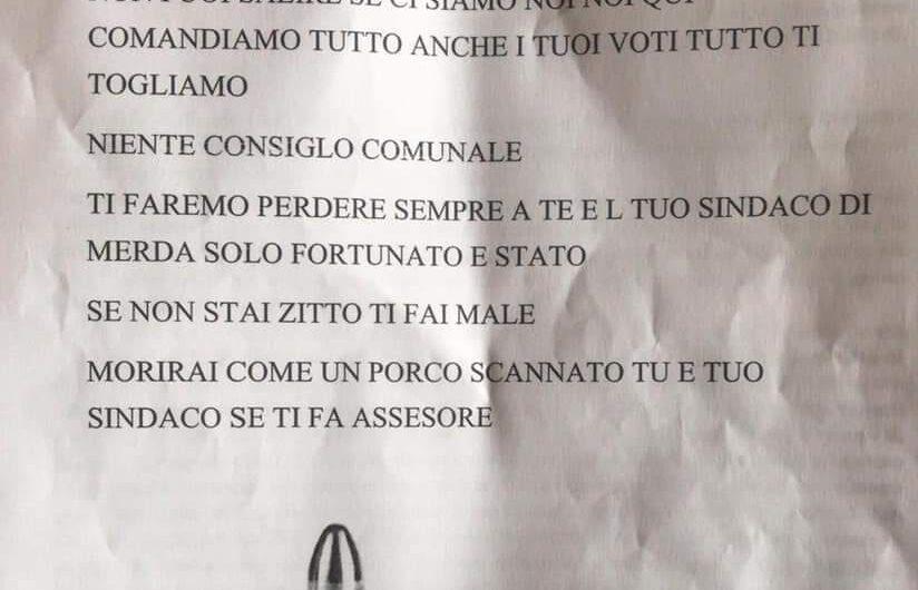 """""""Morirai come un porco scannato"""": lettera minatoria al neo sindaco"""