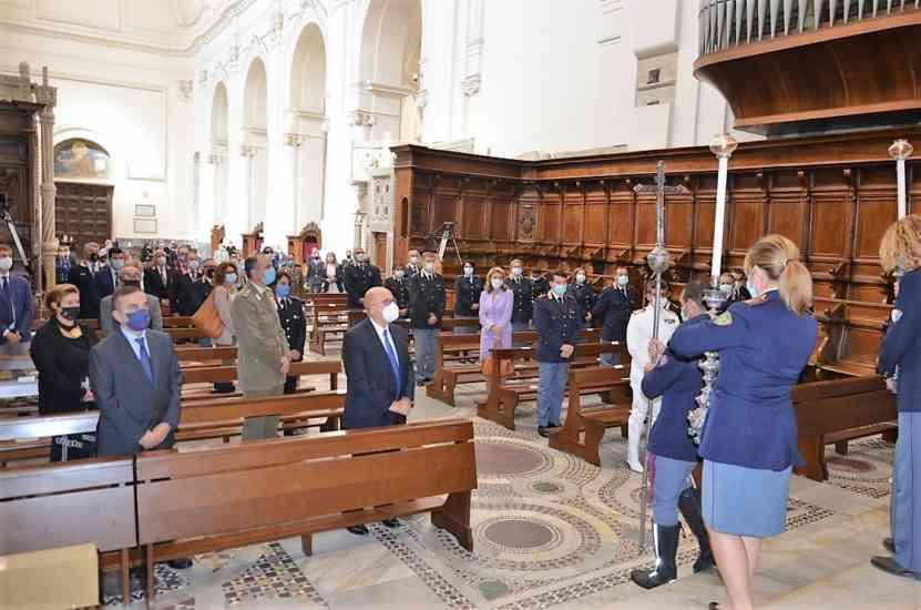 Polizia onora San Michele Arcangelo: omelia e riflessioni in Cattedrale