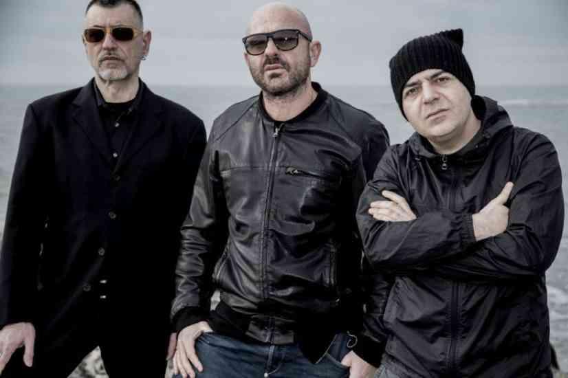 """Almamegretta, domani esce il remaster di """"Sanacore"""" a 25 anni dal celebre album"""