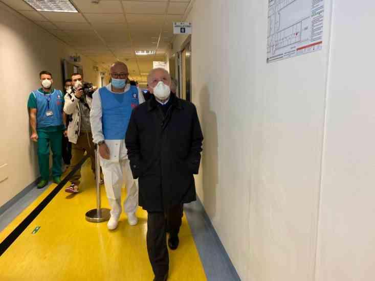 Coronavirus: Taormina, 'no abusi da De Luca, ma doveva rifiutare vaccino'