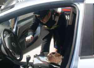 Baiano, bloccato all'uscita autostradale con hashish: denunciato ventenne