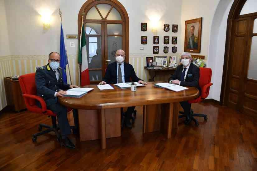 Salerno, siglato l'accordo per la lotta all'evasione fiscale: azione di contrasto nel Vallo di Diano