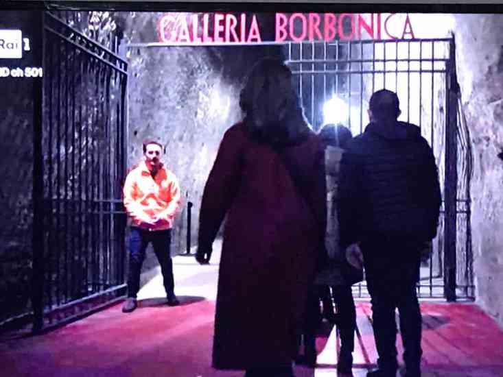 Mina Settembre, tra i 'protagonisti' della fiction di Rai1 c'è una bellezza di Napoli (FOTO)