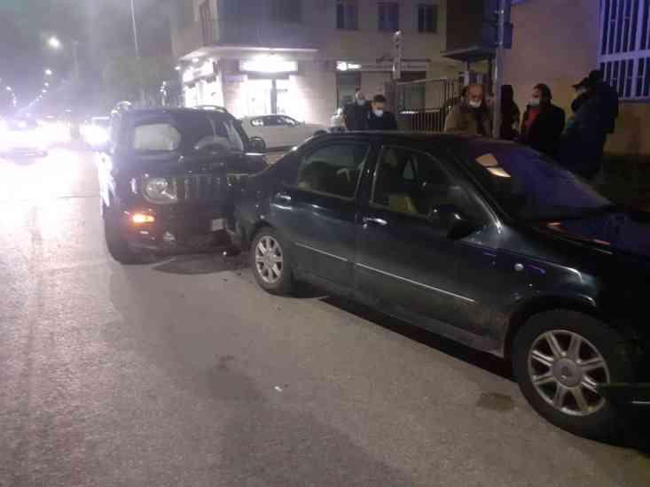 Benevento, tamponamento sul viale Mellusi: coinvolti quattro veicoli