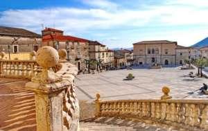 San Lorenzello, ordinanza del sindaco: via vasi e contenitori mal conservati per strada