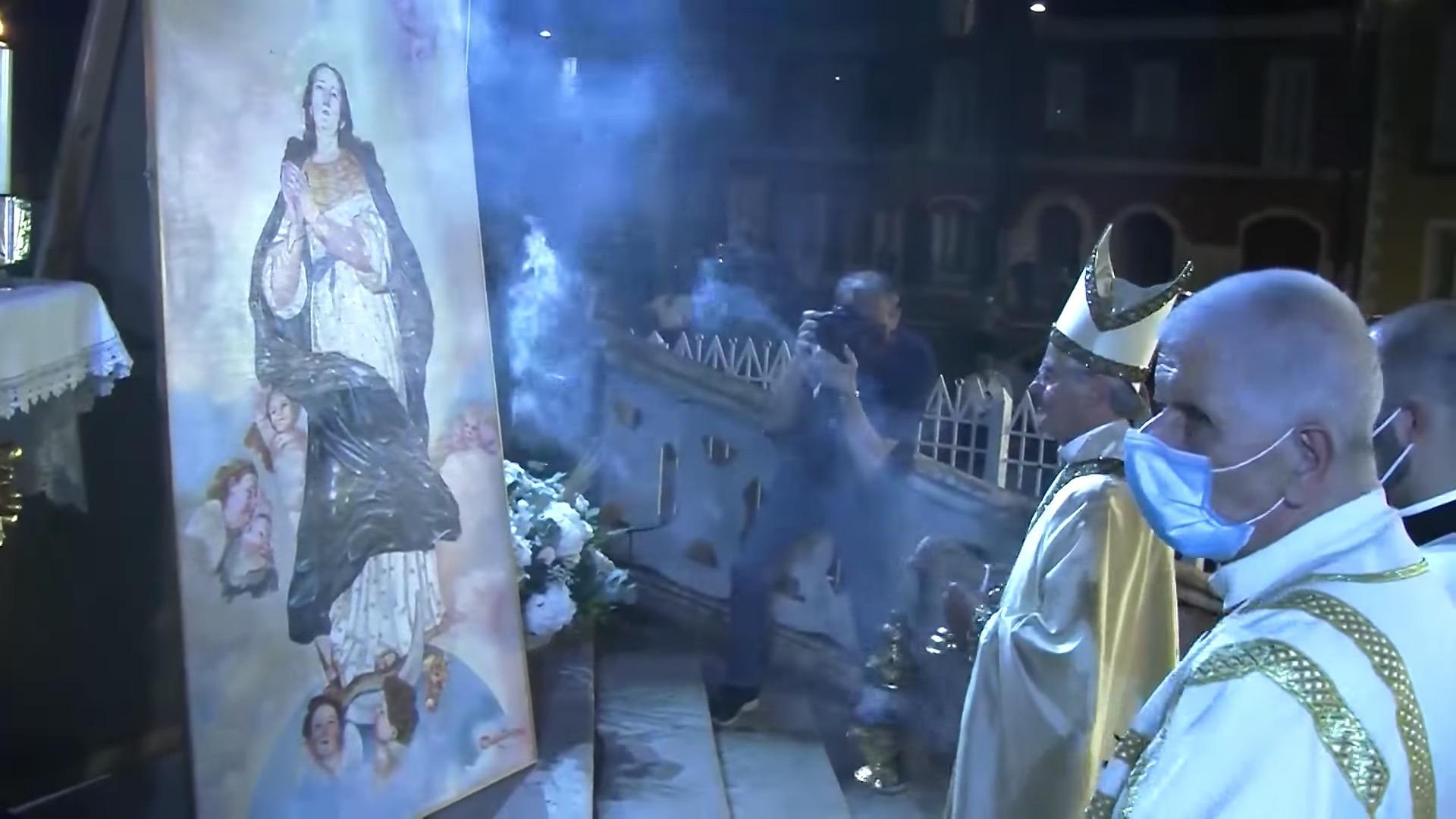 """Festa: """"Cittadinanza onoraria al Vescovo Aiello. Sarà un Ferragosto sobrio"""""""