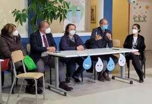 """Continua il tour """"Plastic Free"""" di Gesesa: consegnate borracce agli alunni di Forchia"""
